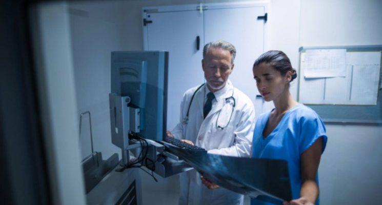 O mercado de trabalho para os profissionais de Sistemas Biomédicos e de Radiologia