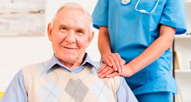 A importância do cuidado especializado em Gerontologia